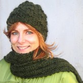 Lisa Ellis Designs H-6 Harris Tweed Hat & Scarf PDF