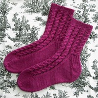 2205 Cable & Lace Socks PDF