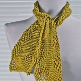 Gardiner Yarn Works Any-Gauge Reversible Pinecone Scarf PDF