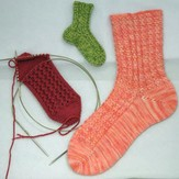 Gardiner Yarn Works Mix-and-Match Rib Toe-Up Socks PDF