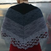 Kira K. Designs 527 Transition Shawl PDF