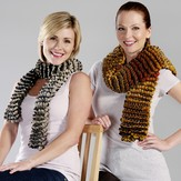 Trendsetter Yarns 4302-F Improv Garter Stitch Pillowed Scarf Kit