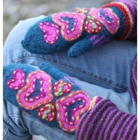 Heart To Heart Mittens PDF