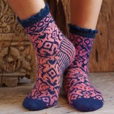 Regia Socks with Jacquard Pattern (Free)