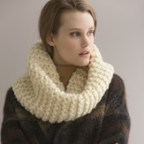 Tahki Yarns Action Cowl PDF