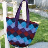 Valley Yarns 172 Felted Entrelac Bag (Free)
