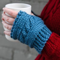 610 Cabled Hand Warmers (Free)